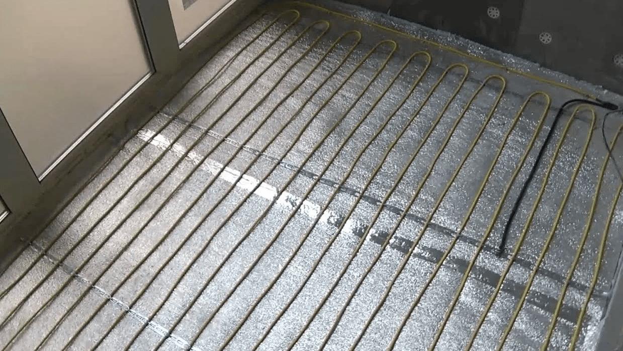 Ремонт балкона своими руками, выбор материала. Поэтапный ремонт пола стен и потолка на балконе