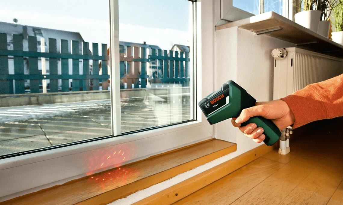 Что делать если дует из пластикового окна: причины, методы устранения, способы