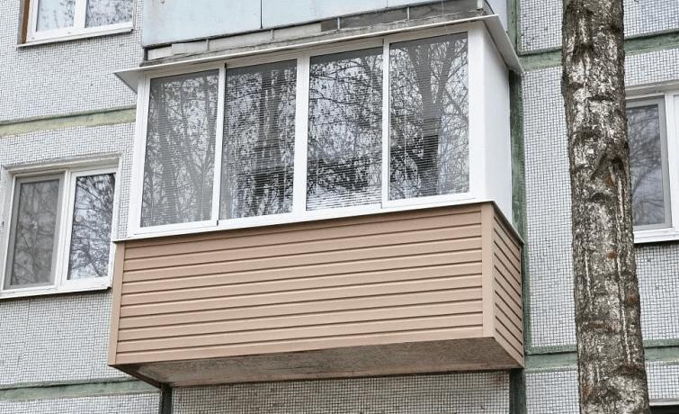 Выбор материалов для наружной отделки балкона