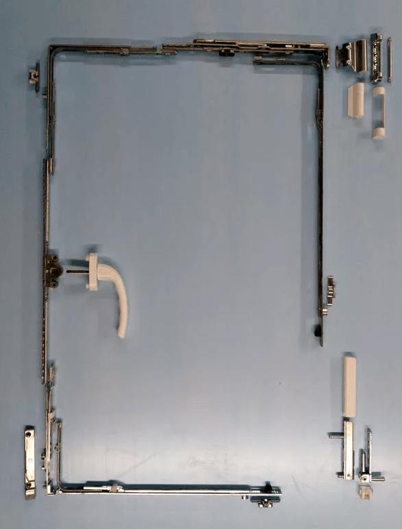 Фурнитурная обвязка ПВХ окна